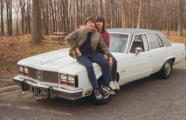 oldsmobile voiture americaine